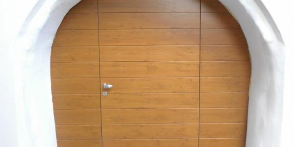 abete-portone-battente-garage