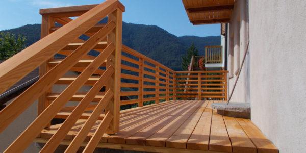 balconi-in-larice-naturale-2
