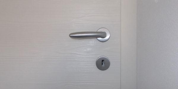 particolare-porte-int-spazz-laccate-1