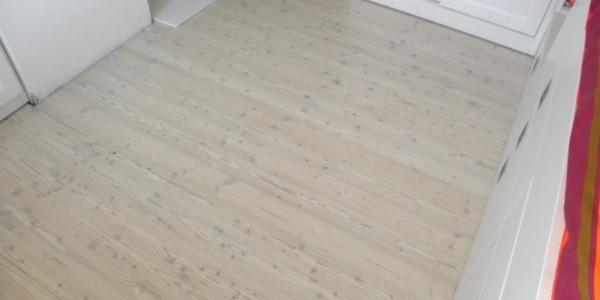 pavimento-larice-sbiancato