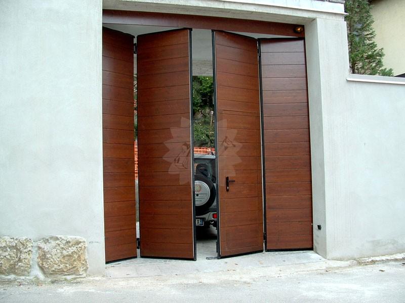 Portone garage a libro falegnameria pojer - Portoni garage con finestre ...