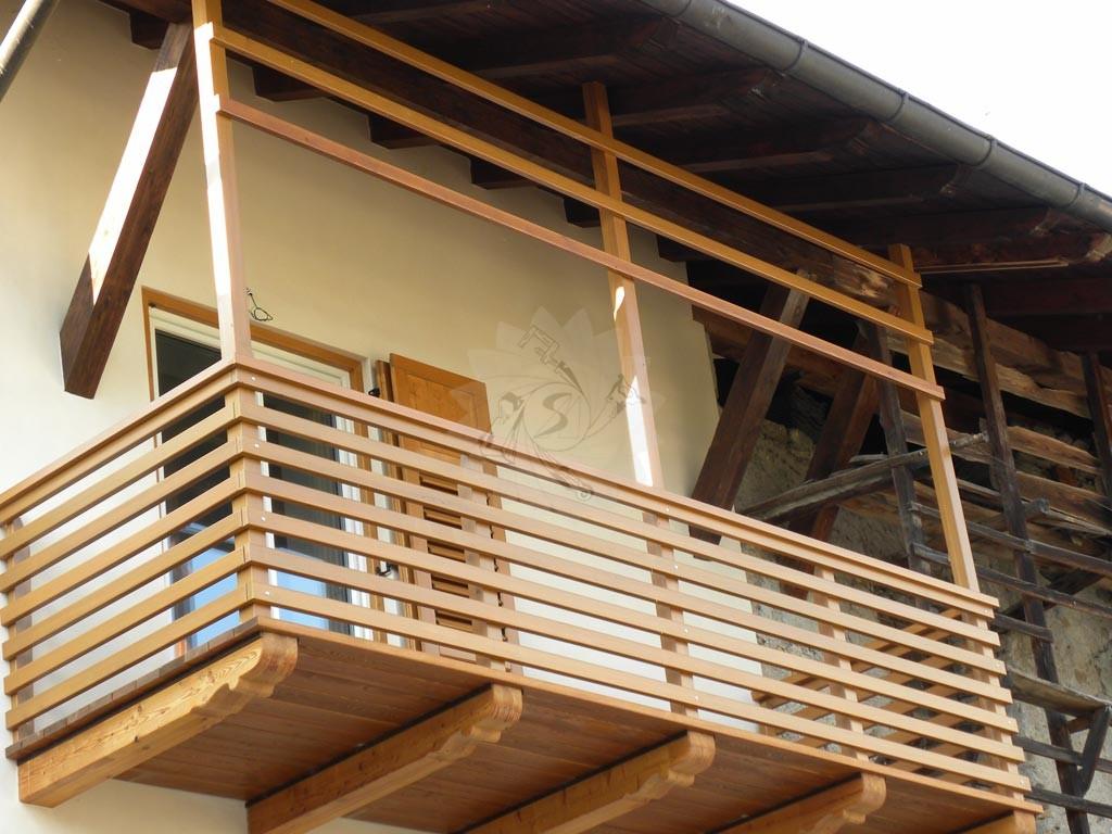 Balconi Esterni In Legno : Complementi darredo interno ed esterno